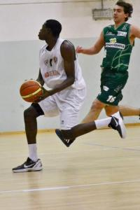 Ousseynou Pene, ala del Piacenza Basket Club